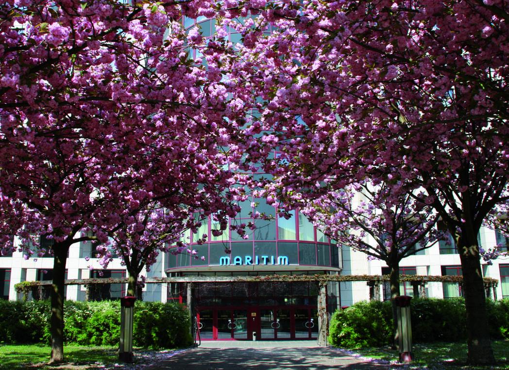 Externer Link: Maritim Hotel Magdeburg - außen 01