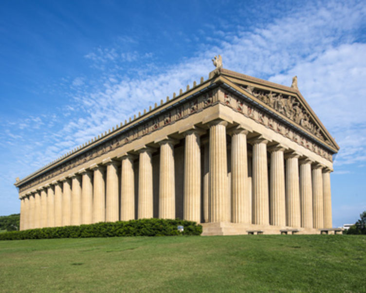 Parthenon Replica at Centennial Park in Nashville, Tennessee_© _1.jpg