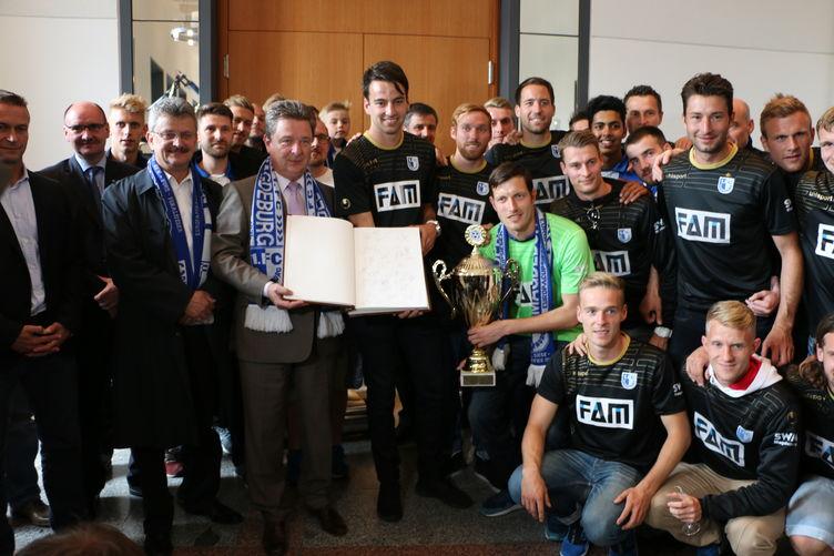 Magdeburg empfängt den 1. FCM