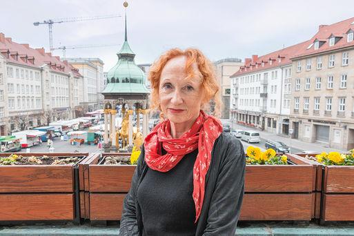 Portrait Stadtschreiberin der 2019 - Nele Heyse