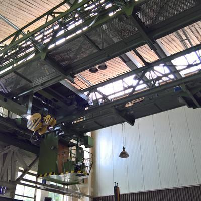 Der einzige Hallenkran mit Kurvenfahrt im Technikmuseum Magdeburg
