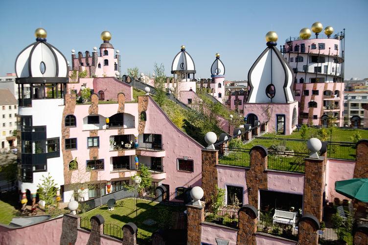 Grüne Zitadelle, Hundertwasserhaus