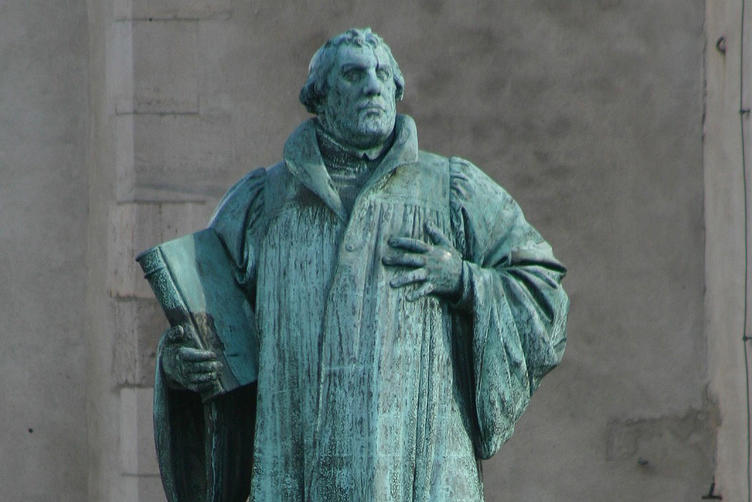 Statue des Martin Luther