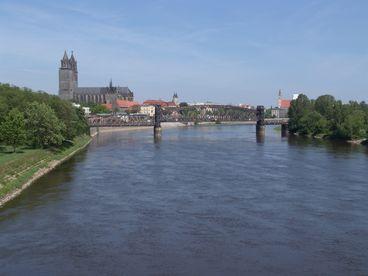 Elbe im Stadtgebiet