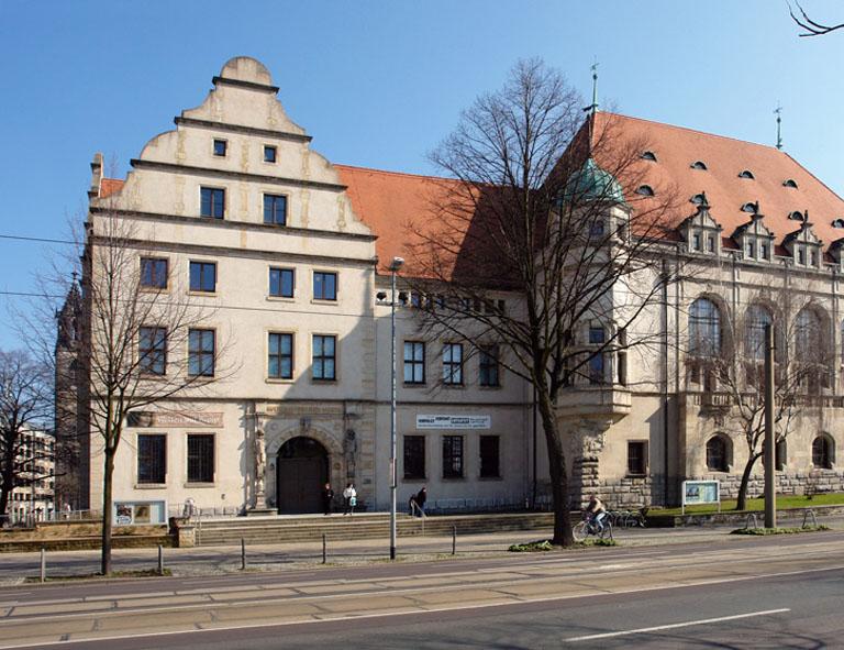 Bildergebnis für magdeburg naturkundemuseum