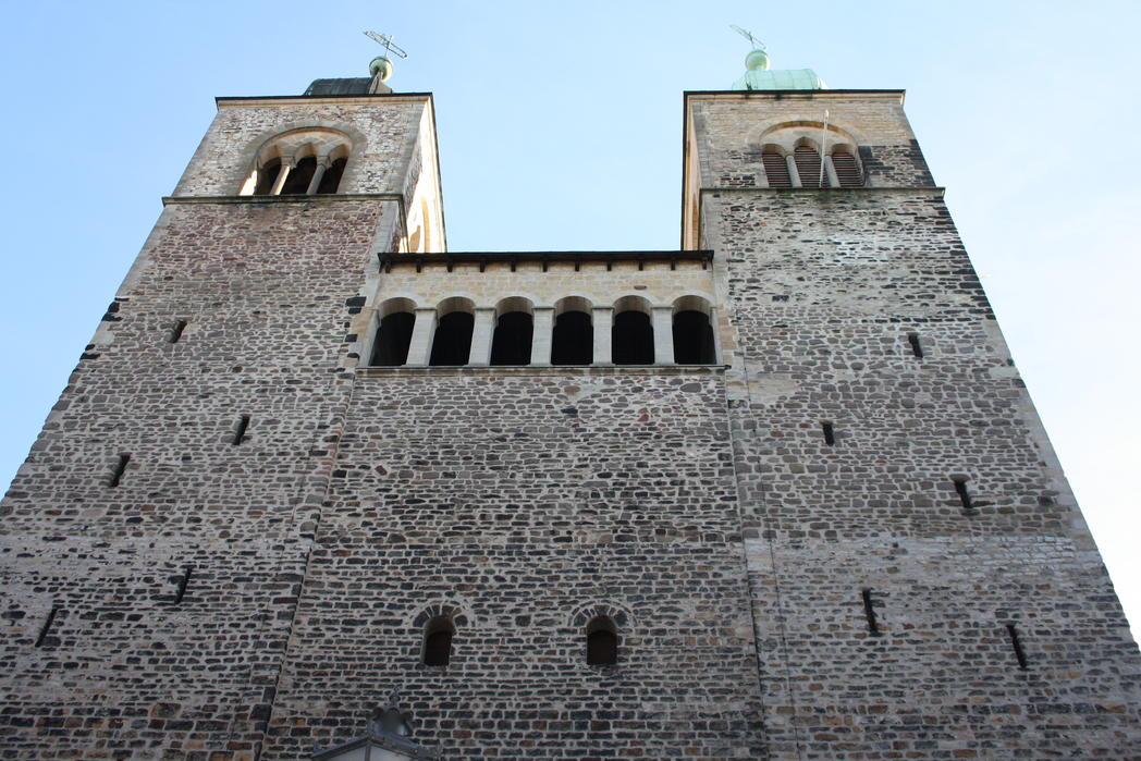 St. Sebastian romanische Türme